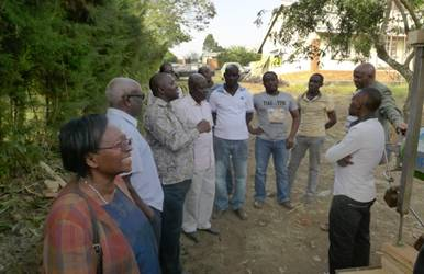 The KRC ED, Julius Mwanga in a discussion with selected Farmers who vounteered to try out the bio-refinery products onto their animals